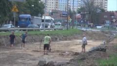 Jeszcze pół roku wykopalisk na al. Rodła. Opóźnienia przez prace archeologiczne – 28.07.2016
