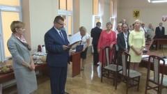 Zasilili szeregi nauczycieli mianowanych. Uroczysta XXII Sesja Rady Powiatu Sztumskiego - 30.08.2016