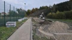 Dzierzgoń też będzie miał stadion lekkoatletyczny. W projekcie: bieżnia czterotorowa, rzutnia, skocznia - 19.10.2016