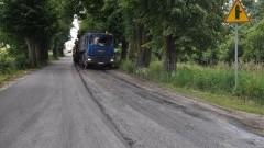 Gmina Dzierzgoń. Prace remontowe na drodze wojewódzkiej nr 515 i asfalt w Litewkach - 03.07.2017