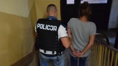 Elbląg: Kobieta wymachując pistoletem groziła dzieciom i sąsiadowi – 26.07.2017