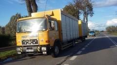 Kierowca i konwojent na podwójnym gazie przewozili ciężarówką 330 gołębi - 15.09.2017