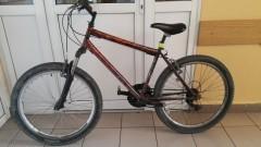 Zatrzymali podejrzanego i odzyskali skradziony rower. Policjanci szukają właściciela jednośladu - 03.10.2017