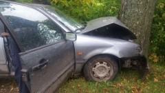 Gmina Stary Dzierzgoń: Pijany kierowca rozbił się na drzewie – 11.10.2017
