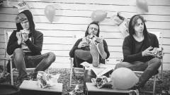 """Animators w klubie Dołek! Trio z Sosnowa odwiedzi Malbork z okazji promocji najnowszej płyty, zatytułowanej """"Hepi End."""" - 01.12.2017"""