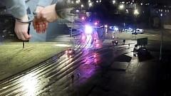Malbork: Szampan uderzył im do głów. Bili się mężczyźni i kobiety, 22- latek poszarpał policjanta – 01.01.2018