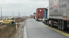 Gmina Stegna: Zderzenie ciężarówek przyczyną groźnego wypadku na S7