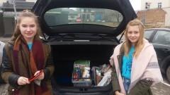Gmina Dzierzgoń: Uczniowie z Młodzieżowej Rady zebrali dary dla seniorów
