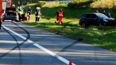 Zderzenie BMW z Subaru na autostradzie A1 w Swarożynie.