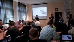 """Karabinek MSBS Grot """"gwiazdą"""" kolejnego spotkania przyszłych żołnierzy WOT z Dowództwem 7 Brygady Obrony Terytorialnej w Gdańsku."""