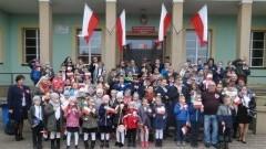 Bągart: Obchody 100.rocznicy odzyskania niepodległości przez Polskę w Szkole Podstawowej