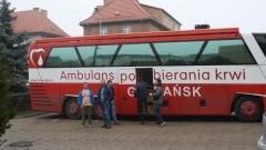 Policyjna akcja 100 litrów na 100 – lecie niepodległości w Malborku.
