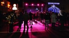 Sztumianie przywitali Nowy Rok z zespołem FOX. Szampańska zabawa w świetle fajerwerków