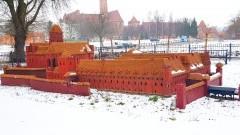 Czy o nową miniaturę zamku uda się zadbać? Czy tym razem pieniądze nie pójdą w błoto?