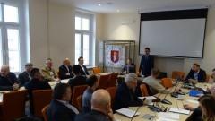 Burmistrz Sztumu otworzył spotkanie w Urzędzie Miasta i Gminy.