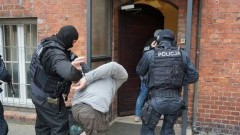 28-latek zatrzymany za wywołanie fałszywych alarmów bombowych.