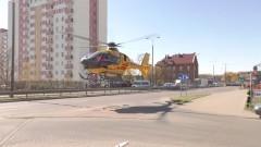 Lądowanie śmigłowca na Alei Rodła. 70- latek poważnie ranny w wyniku zderzenia skutera z osobówką.