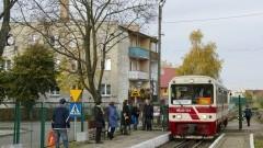 Pociągi Żuławskiej Kolei Dojazdowej w okresie Wszystkich Świętych