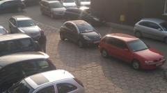 Mistrz (nie tylko) parkowania na Kościuszki w Malborku.