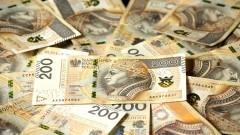 Policja apeluje - Seniorze, uważaj na oszustów wyłudzających pieniądze.