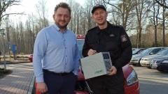 Lokalne firmy ufundowały sprzęt dla strażaków ze Sztumu.