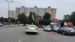 Mistrz (nie tylko) parkowania na Żeromskiego w Malborku.