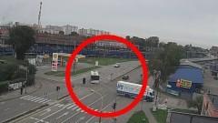 Niebezpieczny manewr kierowcy autobusu miejskiego na Wojska Polskiego w Malborku.