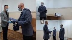 Nagrody jubileuszowe dla policjantów z KPP Sztum.