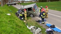 DK55. 3 osoby poszkodowane w wypadku w Koniecwałdzie.