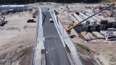 Przekop Mierzei Wiślanej. Utrudnienia i ruch wahadłowy na DW 501. W tym miesiącu do Krynicy Morskiej pojedziemy już nowym mostem obrotowym.