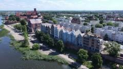 Budowa kamienic na Starym Mieście w Malborku. Zobacz postęp prac z lotu ptaka - czerwiec 2021 [wideo, foto]