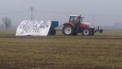 Dworek. Protest rolników. Chcą rozmów z GDDKIA i wypłaty odszkodowań - 15.02.2016