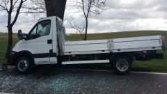 Sztumska Wieś: Samochód dostawczy rozbity na drzewie. Kierowca trafił do szpitala – 22.04.2016