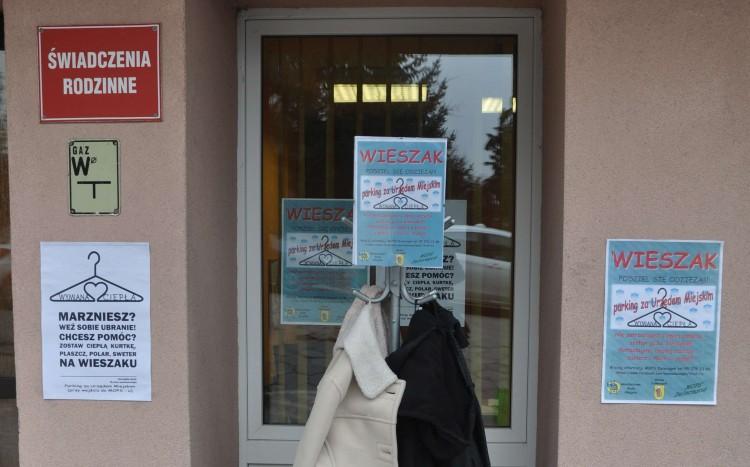 Dzierzgoń dołącza do akcji Wieszak - wymiana ciepła !!! - 08.02.2017