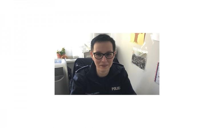 Sztum. Kobieta zasłabła za kierownicą, pomogła jej policjantka - 12.05.2017