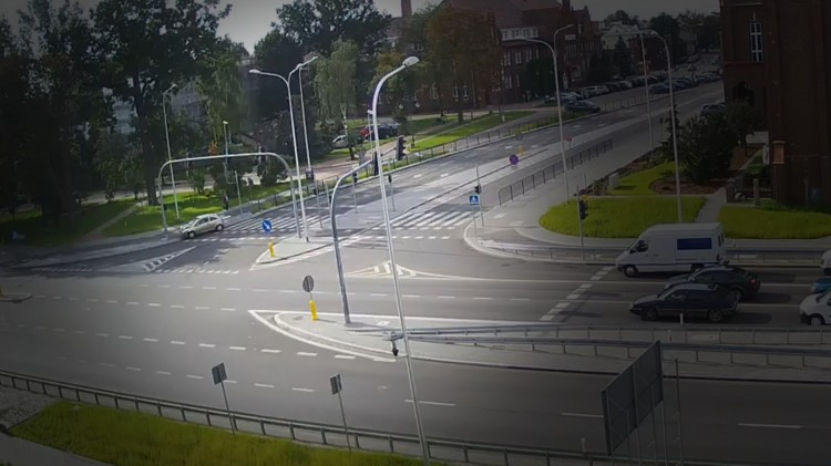 Malbork: Mistrz skrzyżowania...Ten kierowca chyba troszeńkę się zagapił - 22.08.2017