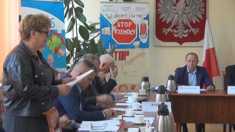Uchwalono podwyżkę dla burmistrz Dzierzgonia. Kopalnie kruszywa w gminie nie były oznaczone na mapach. XXXI sesja Rady Miejskiej w Dzierzgoniu – 28.09.2017