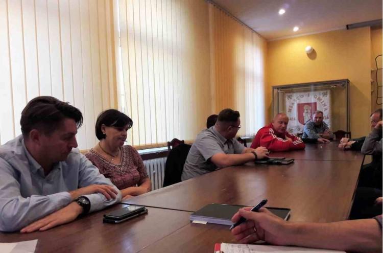 Gm. Sztum: W ramach Funduszu Sołeckiego zbudują prawie kilometr chodnika – 28.09.2017