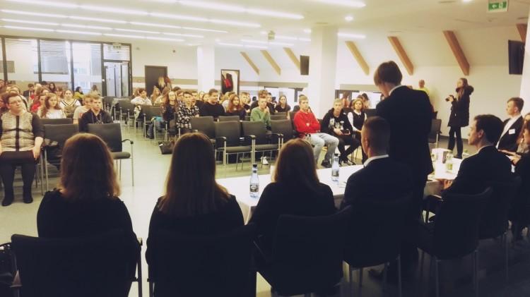 Hejter: specjalista od nienawiści. Malbork staje w Obronie Praw Człowieka - 08.12.2017