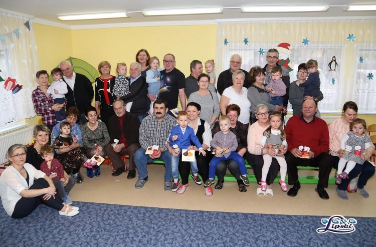 Sztum: Dzień Babci i Dziadka w Przedszkolu NA SŁONECZNEJ GÓRCE. Najmłodsi zatańczyli i zaśpiewali dla Dziadków – 25.01.2018