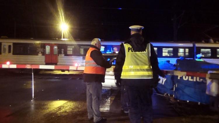 Śmiertelne potrącenie na strzeżonym przejeździe kolejowym w Starym Polu - 29.01.2018