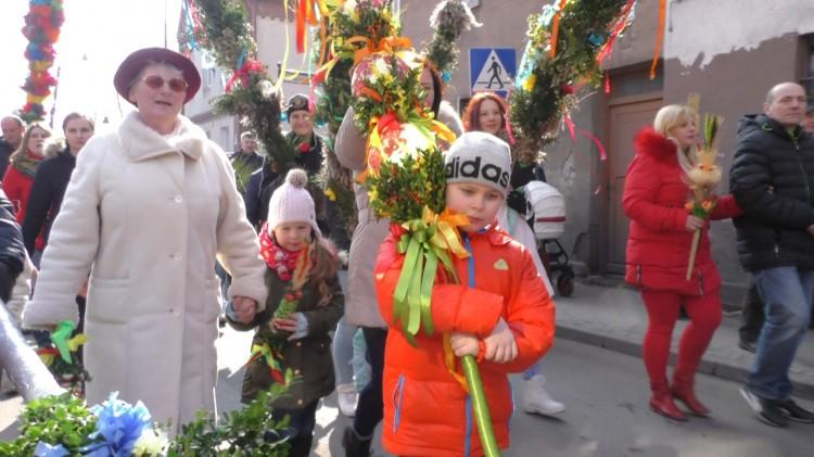Słynne nowostawskie palny – konkurs i procesja ulicami miasta