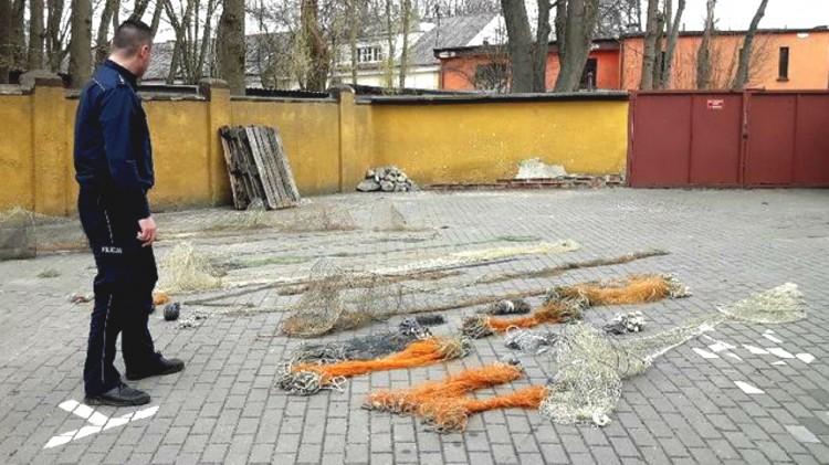 Gmina Mikołajki Pomorskie: Kłusował na jeziorze Balewskim. Przyłapano go na gorącym uczynku...