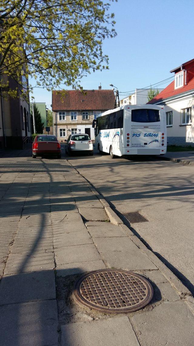 Mistrzowie (nie tylko) parkowania w Nowym Dworze Gdańskim