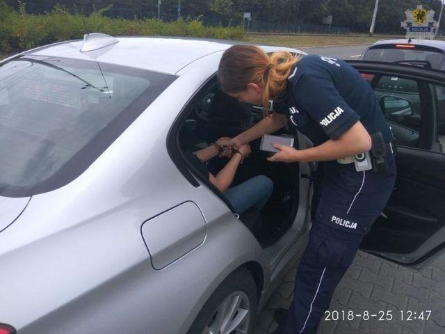 Kierował autem pomimo sądowego zakazu. 25-latkowi grozi do 3 lat pozbawienia wolności.