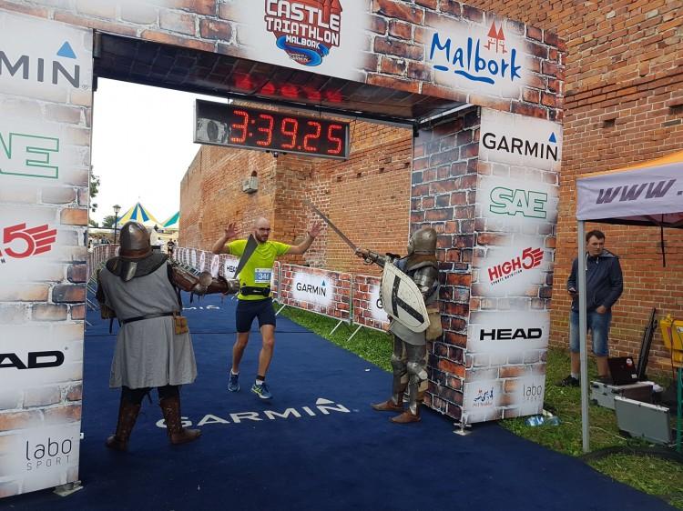 Świetne wyniki, rekordowa liczba uczestników i znakomite warunki pogodowe. Castle Triathlon Malbork 2018.