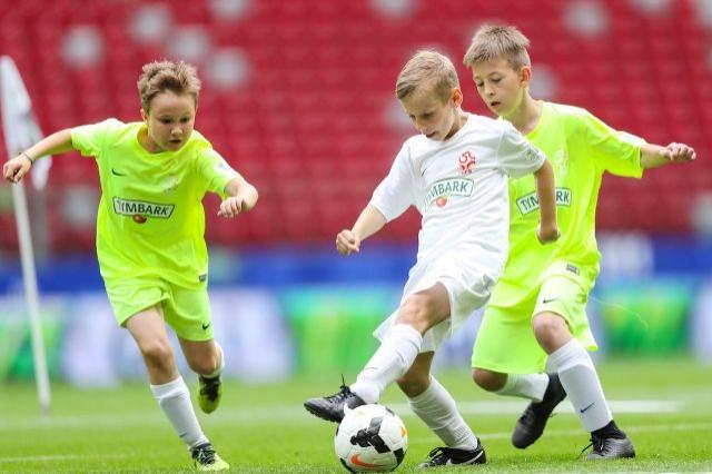 Arkadiusz Milik: Udział w tym turnieju to szansa na odkrycie talentu! Trwają zapisy do największych dziecięcych rozgrywek piłki nożnej w Europie