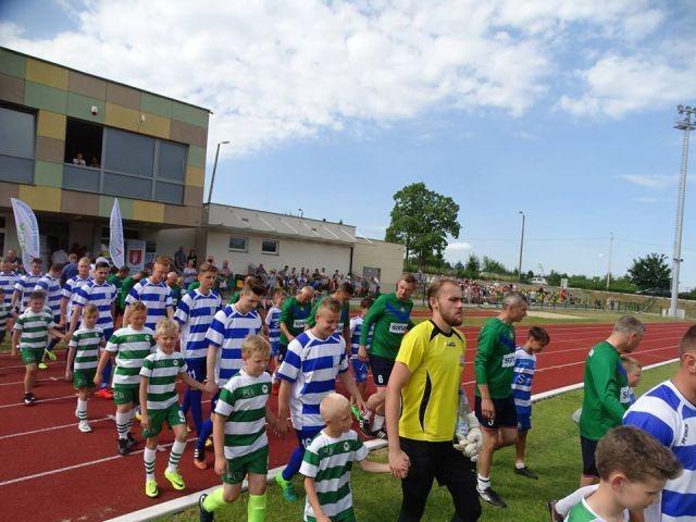 Drużyny piłkarskie ze Słowacji i Szkocji będą trenować w Sztumie
