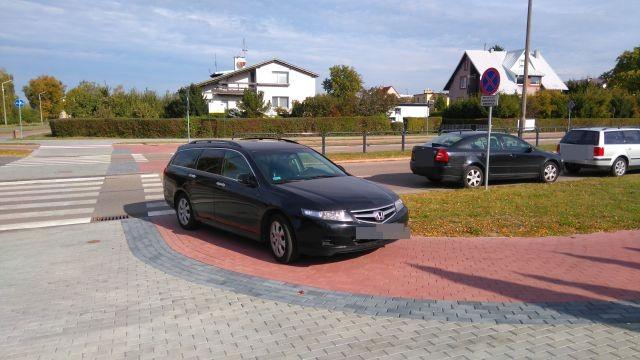 Niedzielny Mistrz (nie tylko) parkowania w Malborku.