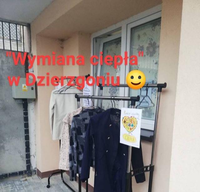 Punkt wymiany ciepła dla osób potrzebujących w Dzierzgoniu.